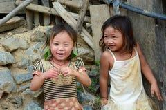 Glimlachend kind in een Hmong-stamdorp Verbod Hin Ngon Vientianeprovincie laos royalty-vrije stock foto