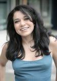 Glimlachend Latina Stock Afbeeldingen