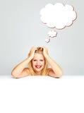 Glimlachend meisje met een toespraakbel Stock Fotografie