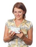 Glimlachend meisje met gift royalty-vrije stock afbeelding