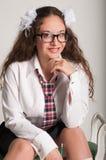Glimlachend schoolmeisje Royalty-vrije Stock Afbeeldingen