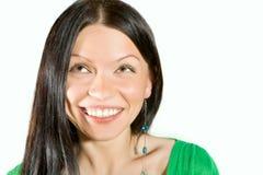 Glimlachend zwart haarmeisje Stock Foto's