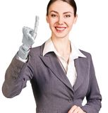 Glimlachende bedrijfsvrouw met robothand het 3d teruggeven Royalty-vrije Stock Afbeelding