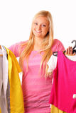 Glimlachende blonde winkelende vrouw Royalty-vrije Stock Foto's