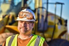 Glimlachende bouwvakker Stock Foto's