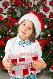 Glimlachende elegante Kerstmisjongen Royalty-vrije Stock Foto's