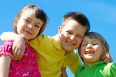 Glimlachende jonge geitjes Royalty-vrije Stock Afbeeldingen