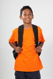 Glimlachende jonge schooljongen 11 met rugzak Royalty-vrije Stock Foto