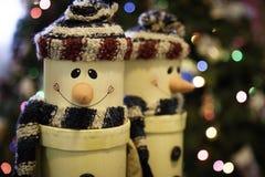 Glimlachende Kerstmissneeuwmannen Stock Foto's