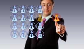 Glimlachende Manager Outsourcing To een Mannelijke Arbeider stock fotografie