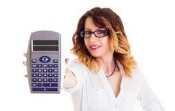 Glimlachende onderneemster met calculator Royalty-vrije Stock Fotografie