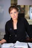 Glimlachende receptionnist Royalty-vrije Stock Foto