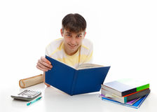 Glimlachende student met handboeken royalty-vrije stock afbeelding