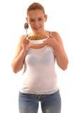 Glimlachende vrouw met graangewas. Stock Foto