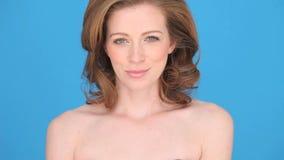 Glimlachende Vrouwenklant Stock Afbeelding