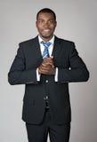 Glimlachende welkom hetende zakenman Royalty-vrije Stock Foto's