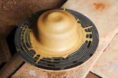 Glina na ceramicznym kole Obrazy Royalty Free