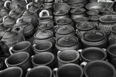 glina napadać na kogoś garnków teapots artykuły Obrazy Royalty Free