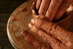 glinianych craftmanship ręk ceramiczna praca Obraz Stock