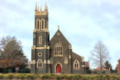 Église dans la ville de province australienne Image libre de droits