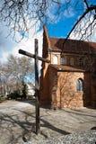 Église dans le regard fixe Maisto - vieille ville Varsovie Photos libres de droits