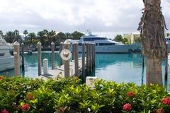 Glissade 53 - Dock de bateau avec l'épargnant de durée Images libres de droits