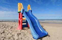 Glissez sur la plage photo libre de droits