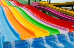 Glissières colorées de piscine Photos libres de droits
