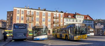GLIWICE, POLEN - 13. SEPTEMBER 2017: Autobusstation auf Piast Squa stockfotos