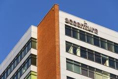 Globaal professioneel de dienstverlenerembleem van Accenture bij de Tsjechische hoofdkwartier bouw royalty-vrije stock foto