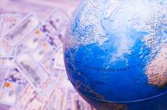 global översiktsvärld Översikt för lopp och pengar Arkivfoto