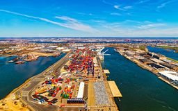 Free Global Container Terminals In Bayonne With Reflex Royalty Free Stock Photography - 168474937