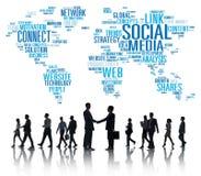 Globala kommunikationer Networkin för social massmediainternetuppkoppling Royaltyfri Foto