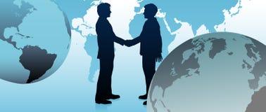 Globale Geschäftsleute Link teilen Welt mit Stockbilder