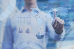 Globale handelanalytics, dashboard met wereldkaart royalty-vrije stock fotografie