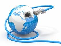 Globale Kommunikation. Erde und Seilzug, rj45. Lizenzfreie Stockfotografie