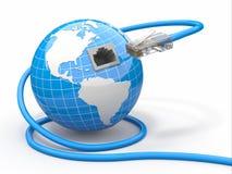 Globale Kommunikation. Erde und Seilzug, rj45. Stockfoto
