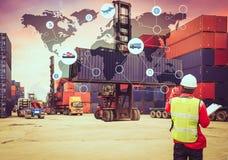 Globaler Logistiknetztransport, zeichnen globale Logistikpartnerschaft auf Stockbild