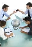 Globales Geschäft ist über Kommunikation Stockfotos