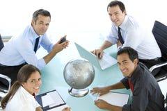 Globales Geschäft ist über Kommunikation Lizenzfreies Stockbild