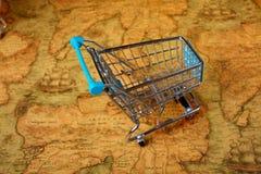 Globalização do carrinho de compras do mundo ilustração stock