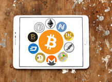 Globalne cryptocurrency ikony lubią bitcoin
