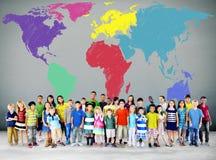 Globalt internationellt globaliseringbegrepp för världskarta arkivfoton