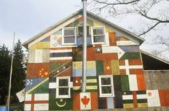 Globalt olikt hem, Catskills, NY arkivbild