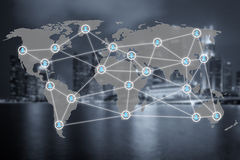 Globalt socialt diagram för nätverks- eller folkledninganslutning royaltyfri bild