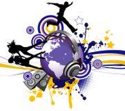 Globe avec des hommes et des femmes de la jeunesse de danse. Image stock