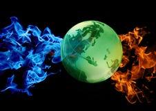 Globe contre l'eau et l'incendie abstraits photo stock