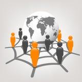 Globe dans le Web avec des graphismes de gens Photographie stock