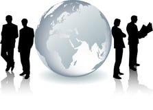 Globe en verre avec des silhouettes d'hommes d'affaires illustration libre de droits