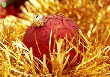 Globe rouge de Noël Photos stock